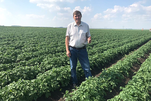 Виталий Дунин:  «Уральский картофель» — один  из самых современных селекционных  центров в России»