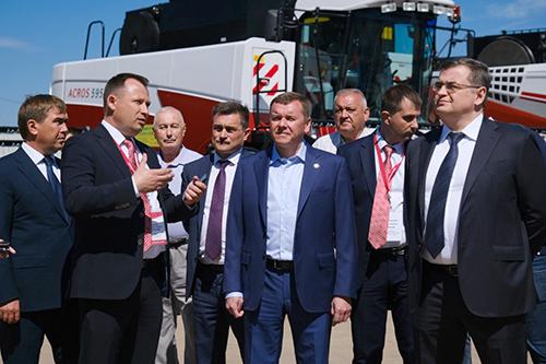 Открыт новый дилерский центр Ростсельмаш в Татарстане
