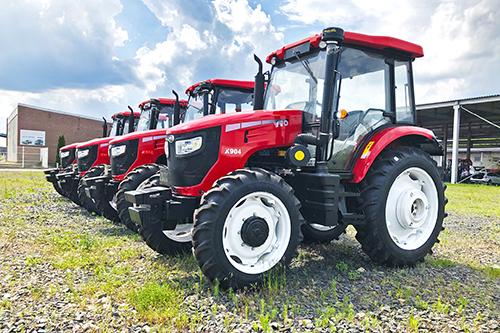Премьера:  китайские тракторы YTO  в центральной России